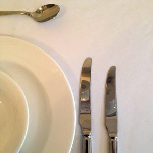 """White Circular Tablecloth 106 """" / 110 """" Dia"""